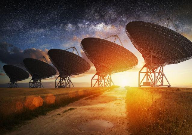专家:俄科学院管理的望远镜发现出故障的Intelsat卫星的13块碎片