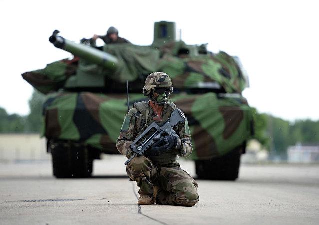 法国军工企业提出未来坦克炮概念方案