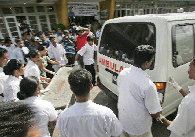 斯里兰卡爆炸造成至少20人死亡,160人受伤。