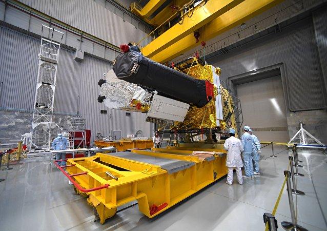 """俄航天集团:搭载""""光谱-RG""""天文台的""""质子-M""""运载火箭因技术问题被推迟发射"""