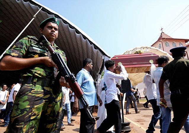斯里兰卡东部爆炸后的房屋处发现15人尸体