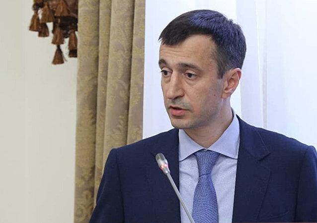 据俄内务部称,达吉斯坦经济与地区发展部长涉嫌侵吞2000万卢布公款被捕