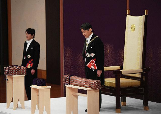 日本新皇首次向臣民致辞