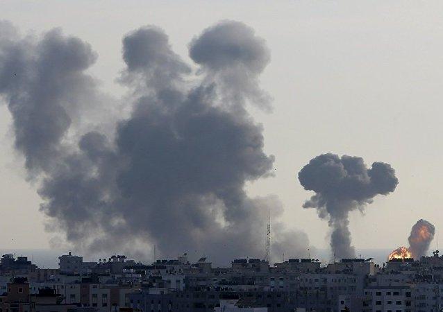 以色列军方:以方一天内对巴勒斯坦的200多个目标实施报复性袭击