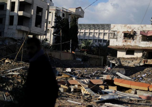 以军袭击哈马斯的陆上和海上观察所