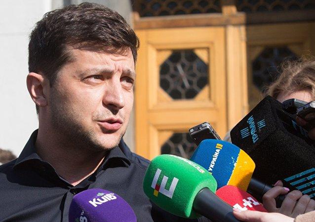 乌克兰总统:该国愿意与俄罗斯谈判并落实明斯克协议