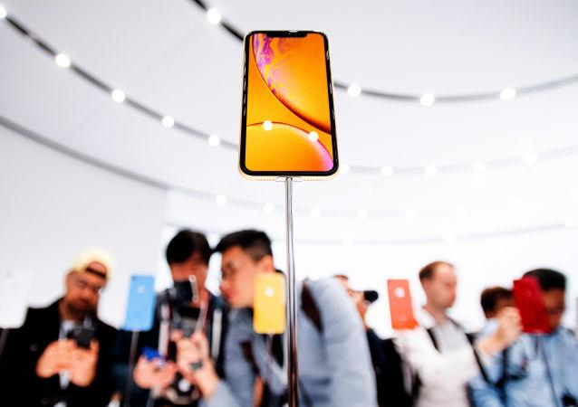 Новый смартфон Apple iPhone Xr