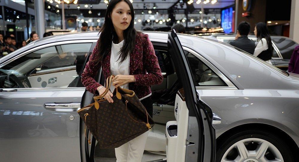 外媒:中国富豪人数首次超过美国