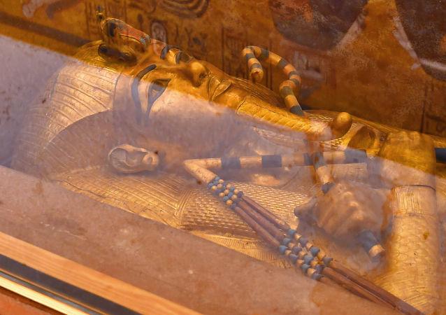 证实图坦卡蒙护身符的外星起源