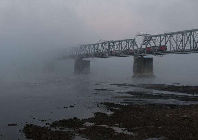 默克尔:目前还没有预定游览跨西伯利亚铁路的行程