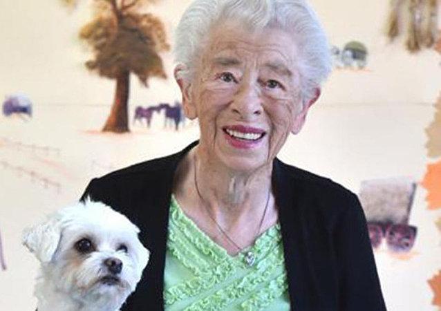 百年老妇揭示长寿秘诀