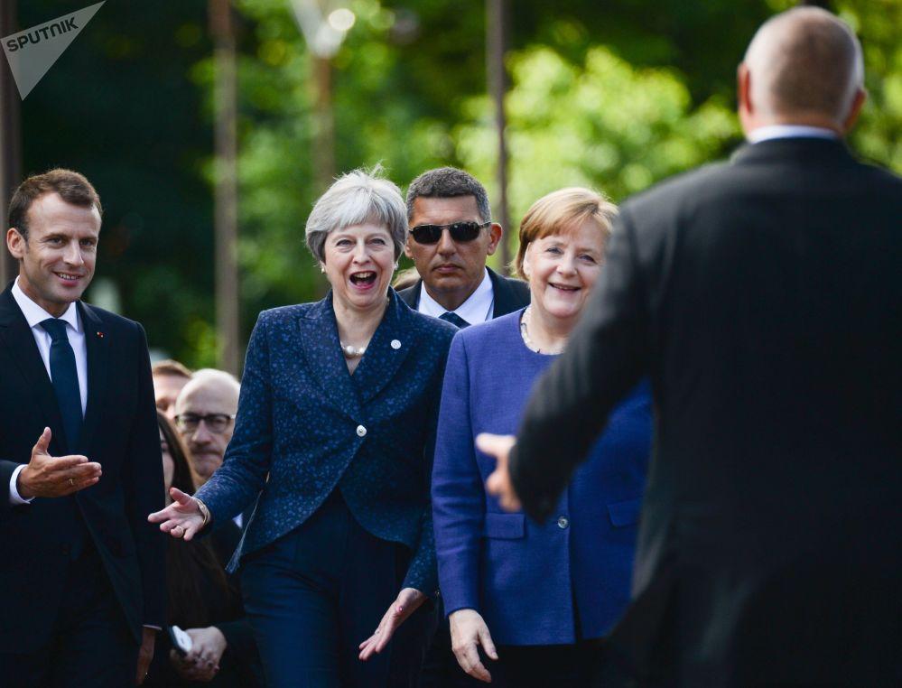 法国总统埃马纽埃尔·马克龙、英国首相特蕾莎·梅、德国总理默克尔在索非亚峰会之前。