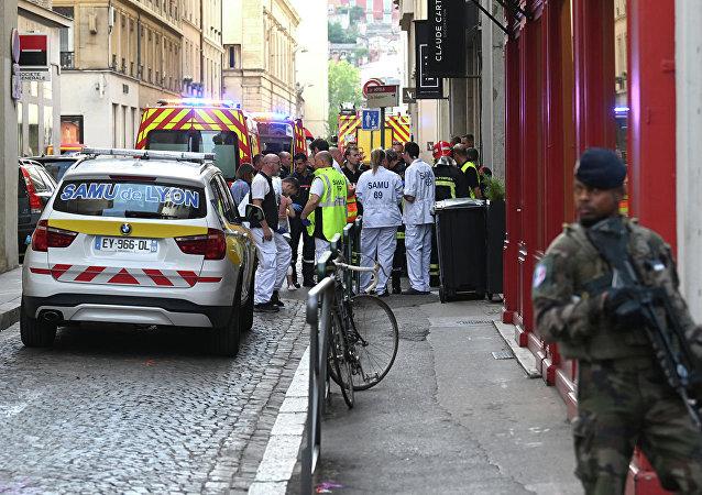 里昂爆炸案被捕嫌疑人身份细节曝光