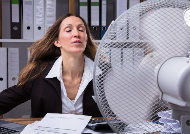 办公室温度较高的意外好处