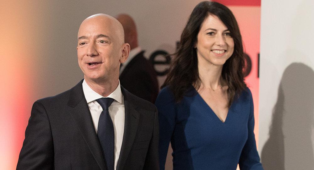 贝佐斯正式与妻离婚 分走4%亚马逊股票