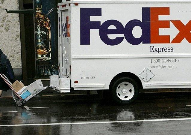中国外交部:美国联邦快递公司应对华为包裹被转至美国事件做出合理解释