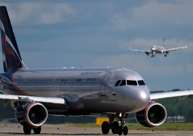 莫斯科谢列梅季耶沃机场的空客320