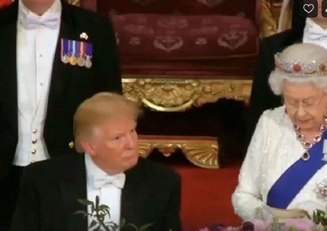 特朗普在伊丽莎白二世演讲时睡着了