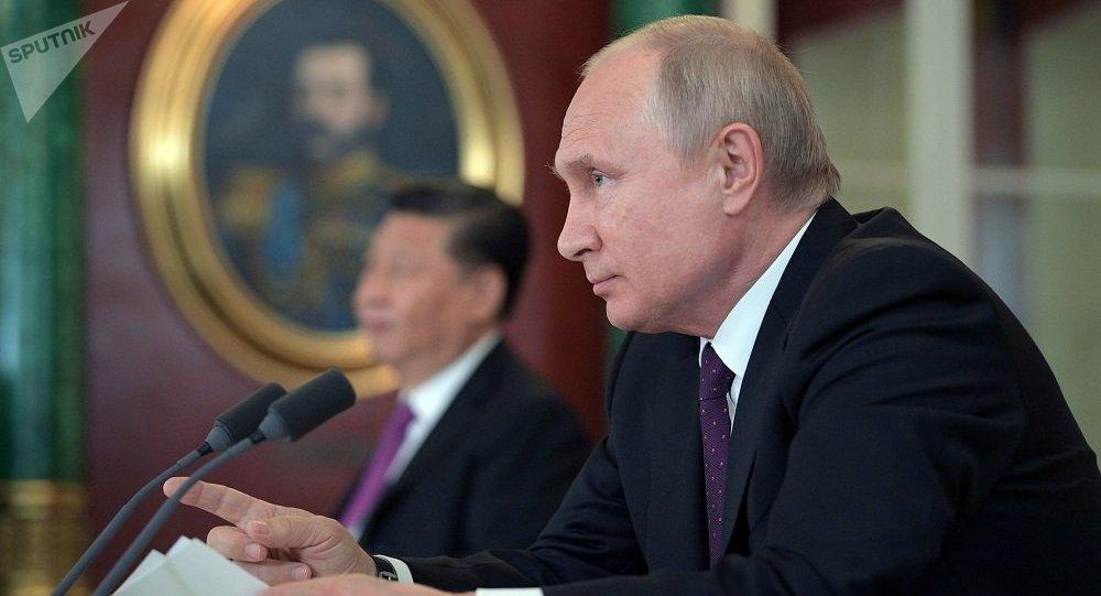 俄中决定再建立2个地区间合作机制