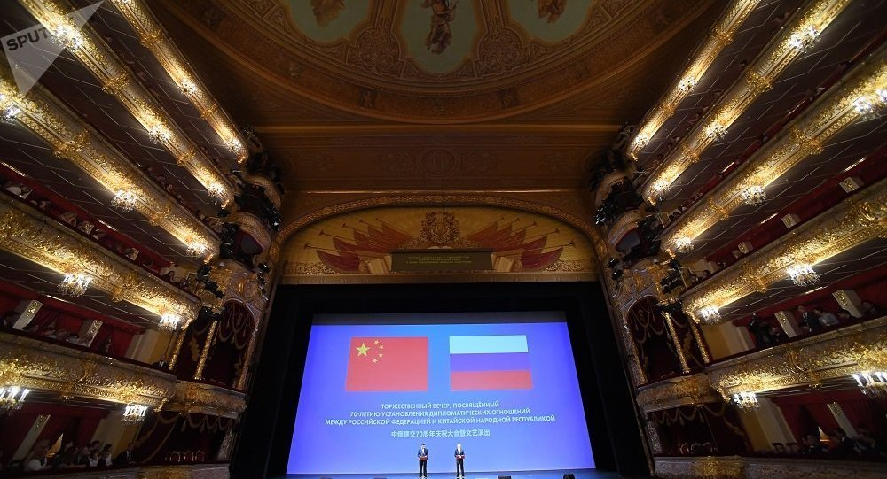 普京在莫斯科大剧院称中国是俄罗斯最大的合作伙伴