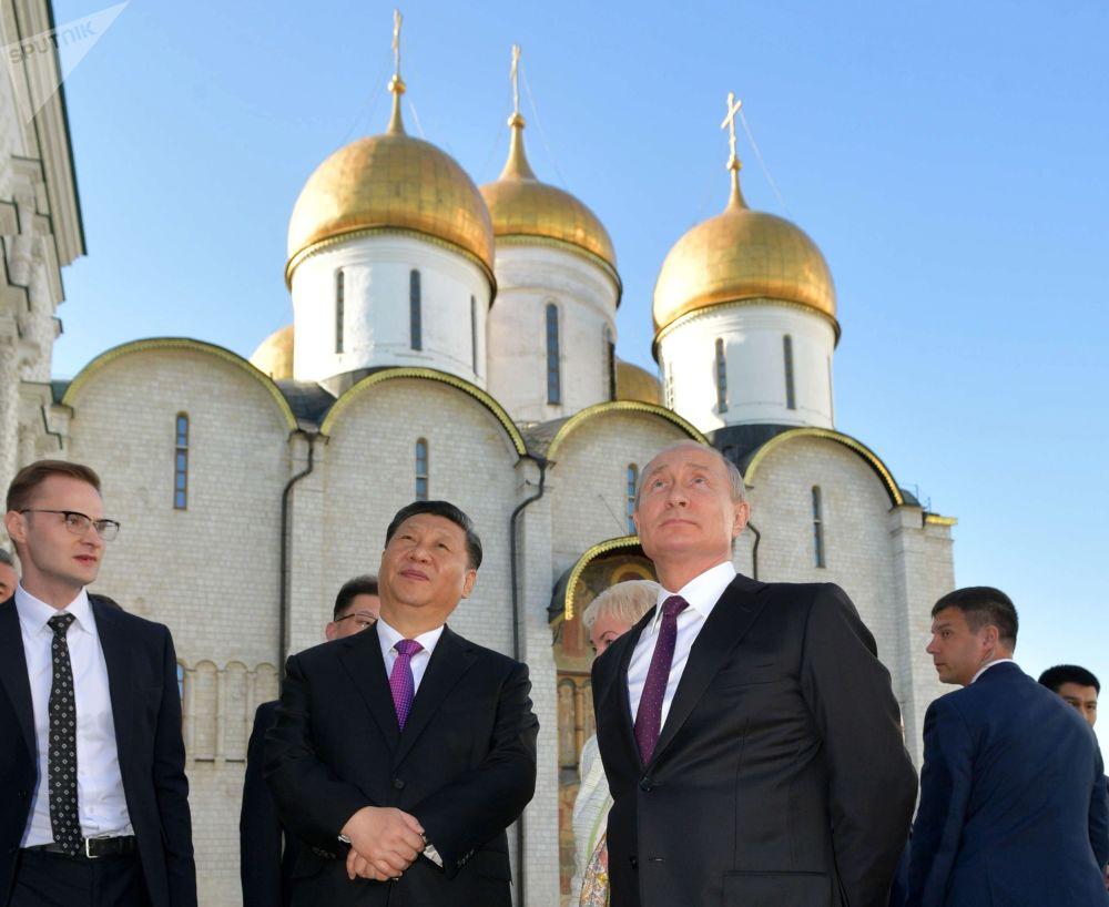 习近平访问俄罗斯