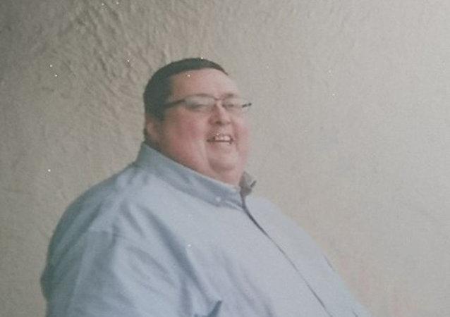Британец Джейсон Пэрриш весивший 2,5 центнера