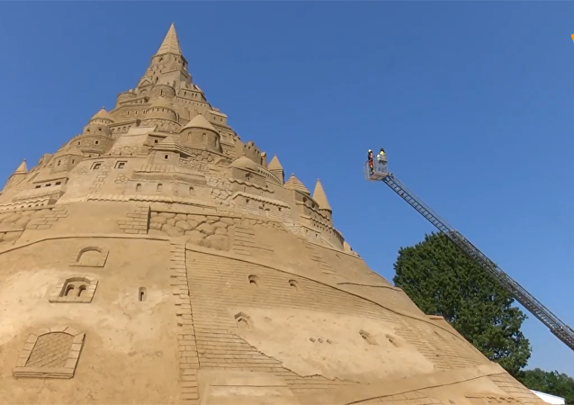 吉尼斯世界纪录:德国世上最高之沙堡
