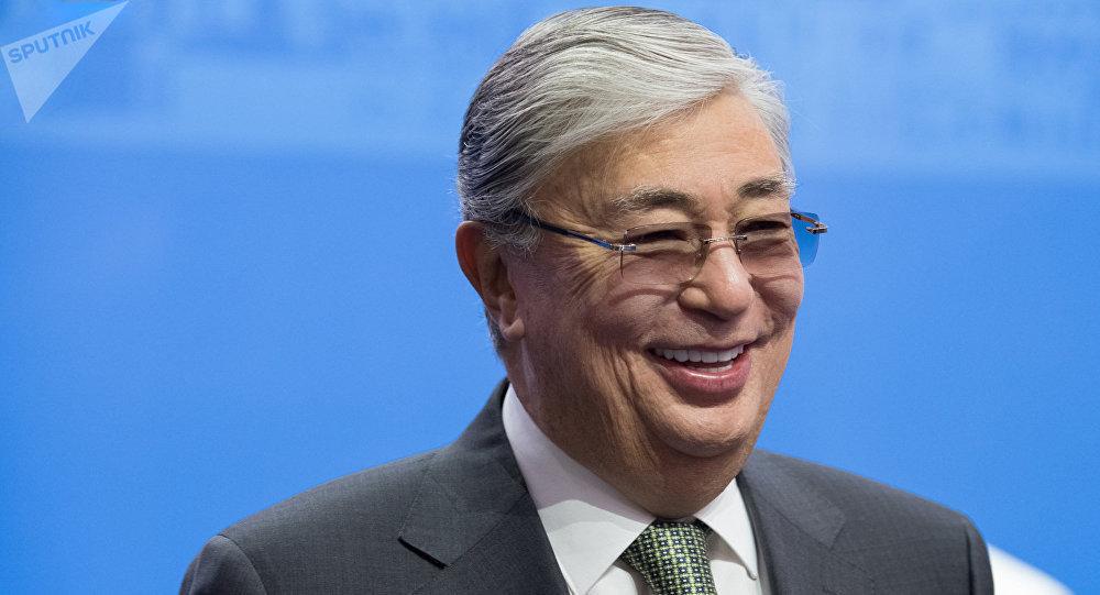 哈萨克斯坦总统在致普京的贺电中指出俄罗斯为保障国际稳定所做的贡献
