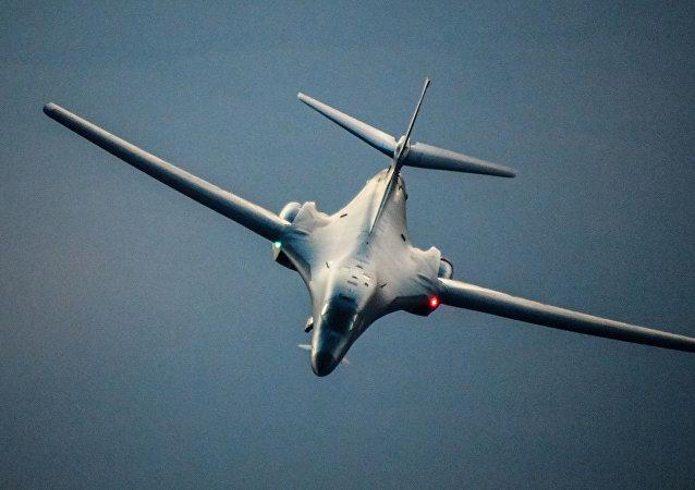 专家:美国可能将位于关岛的B-1B轰炸机用于网络中心战