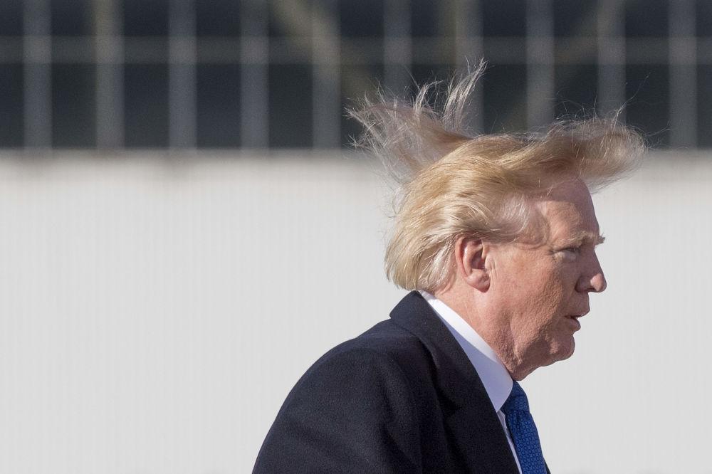 美国总统唐纳德·特朗普登机。