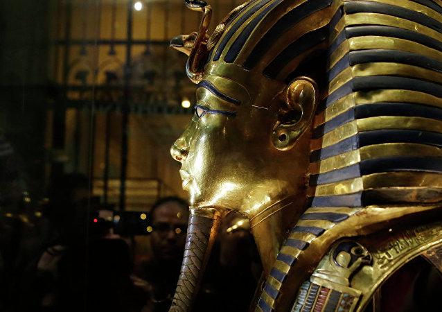 英国不顾埃及反对将拍卖图坦卡蒙半身像