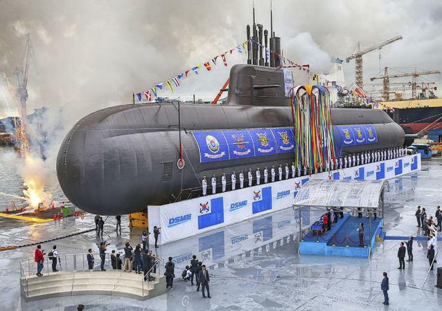 韩国可携带6枚弹道导弹的新潜艇下水