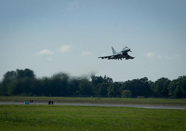 """两架德国联邦国防军""""台风""""战斗机在德国境内坠毁"""