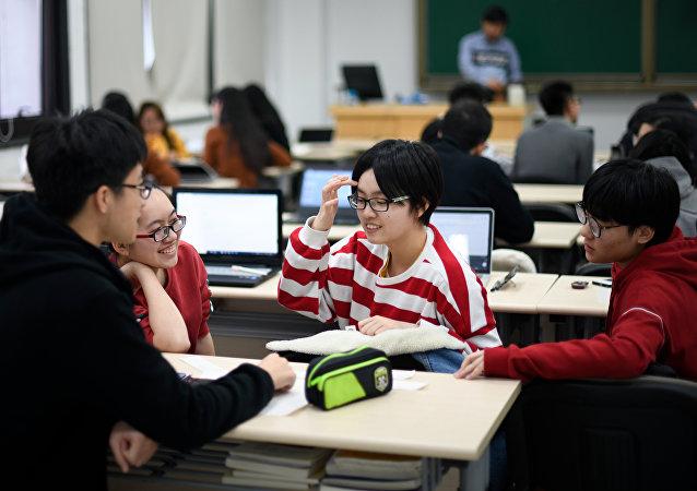 浙大教授:如果需要依靠技术手段来管理学生,学生能全身心地投入学习吗?