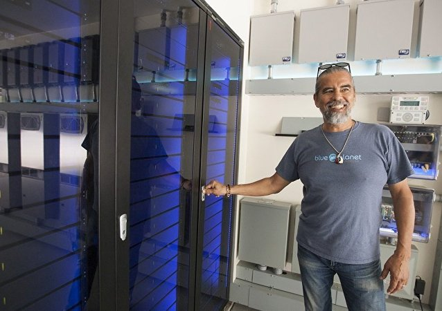 著名视频游戏设计师建立可再生能源实验室