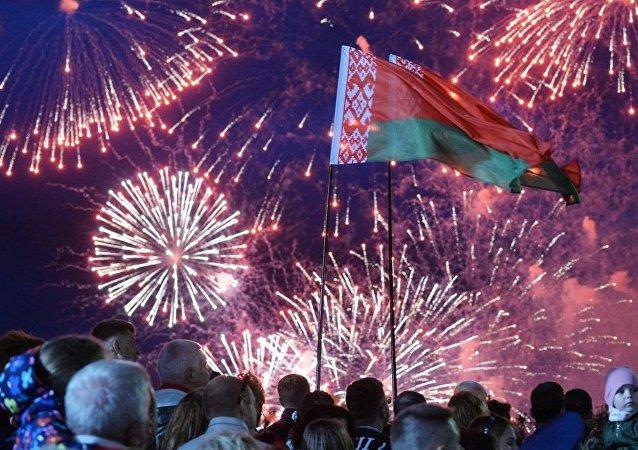 白俄罗斯的未来将不通过街垒而是在对话中决定