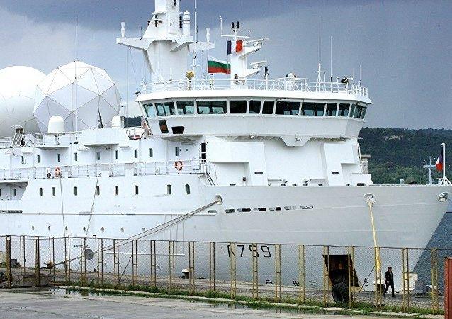 法国侦察船进入黑海水域