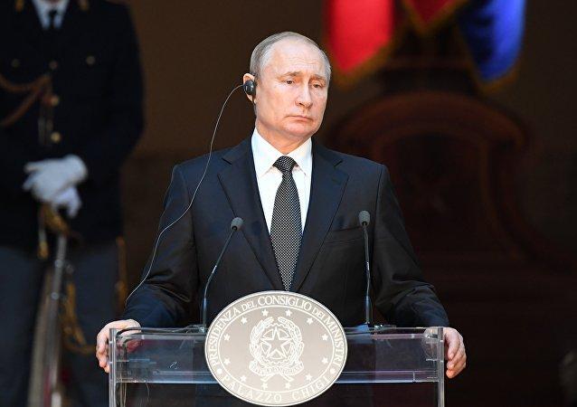 普京称莫斯科非常希望美中达成贸易协定