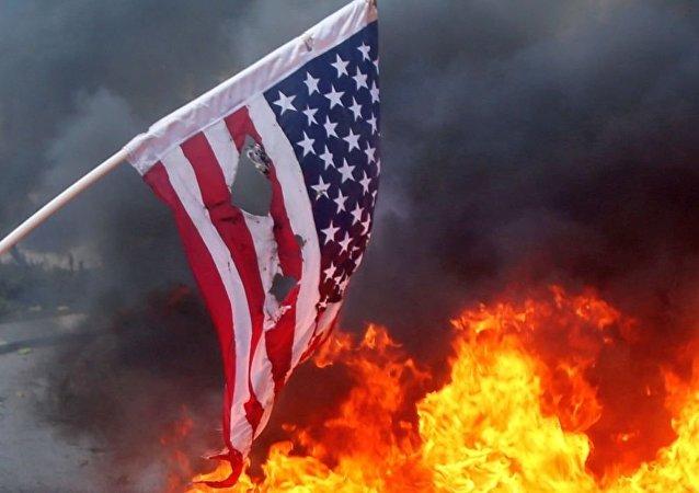美国旗焚烧(资料图片)