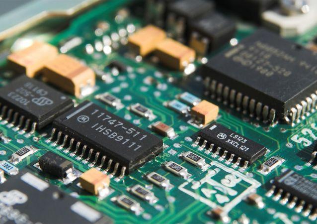 俄专家:美国对中国实施芯片禁令将自受其害