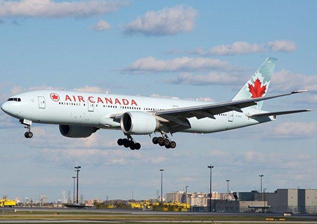 加拿大航空公司的波音777-200客机