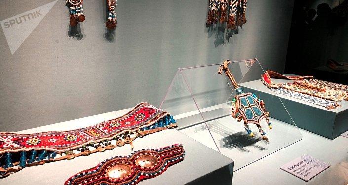 俄罗斯多民族金银珠宝缤纷亮相天津博物馆