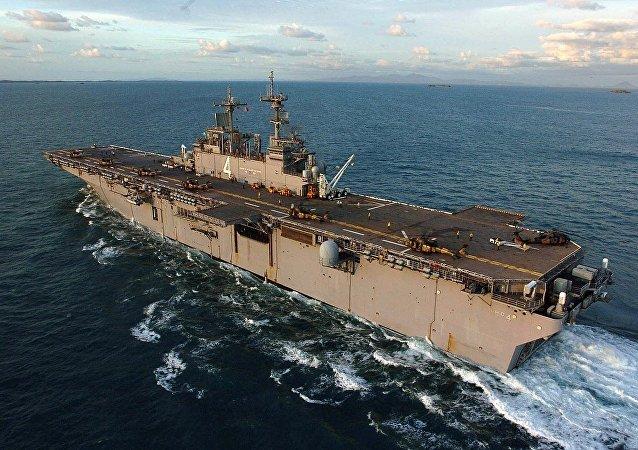 拳师号两栖攻击舰(USS Boxer)