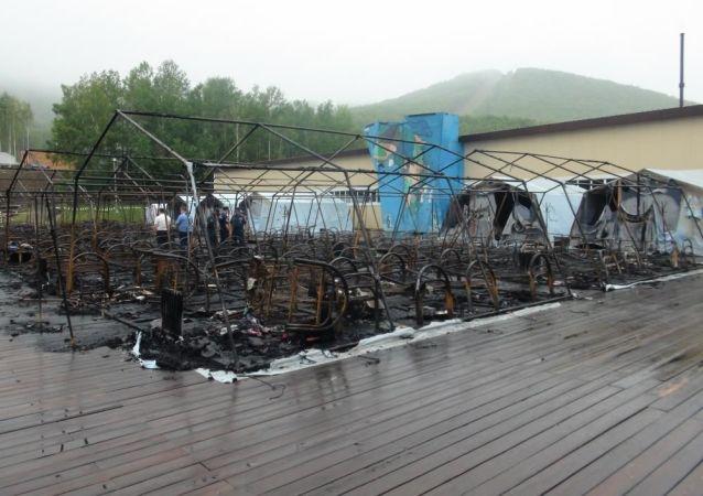 哈巴罗夫斯克政府:四名儿童在大火中丧生