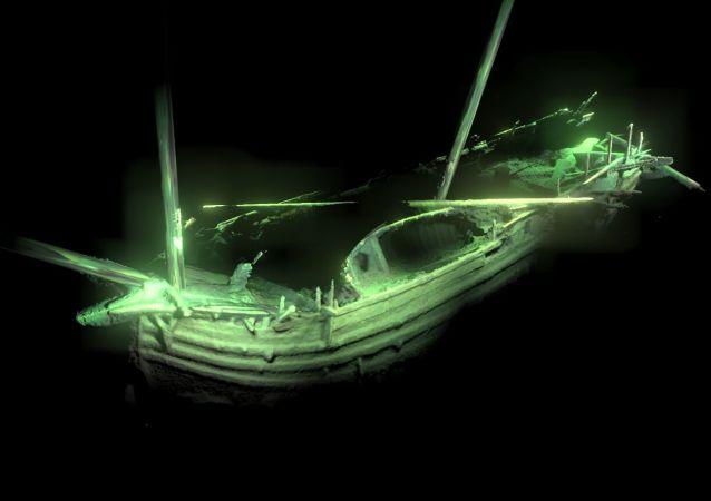 波罗的海海底发现一艘保存完好的文艺复兴时期的船只