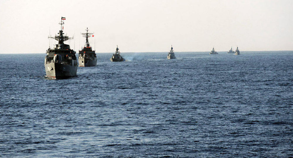 Корабли ВМС Ирана в Ормузском проливе