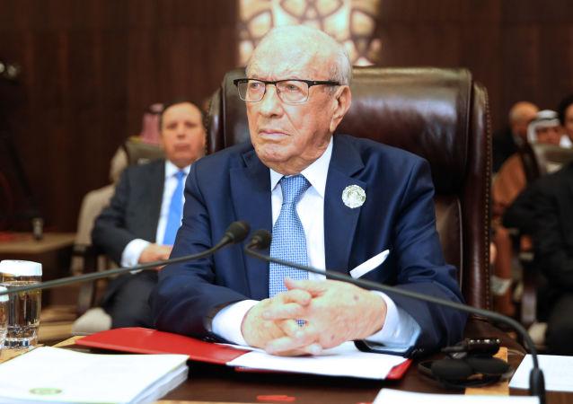 突尼斯总统将于27日下葬