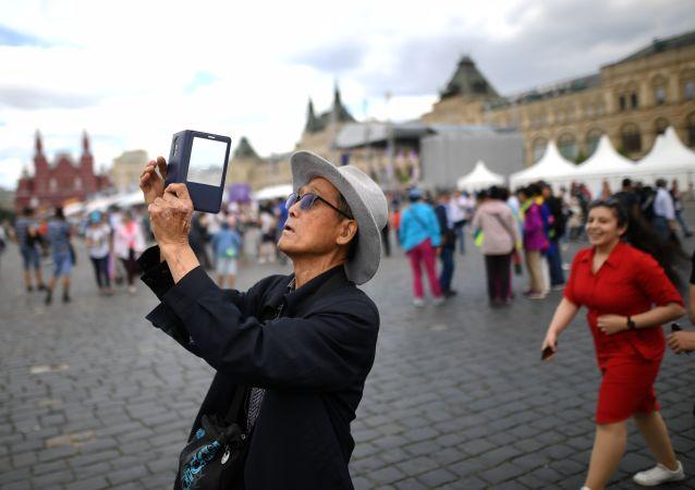 中国赴俄游客今年全年消费总额可达11.7亿美元