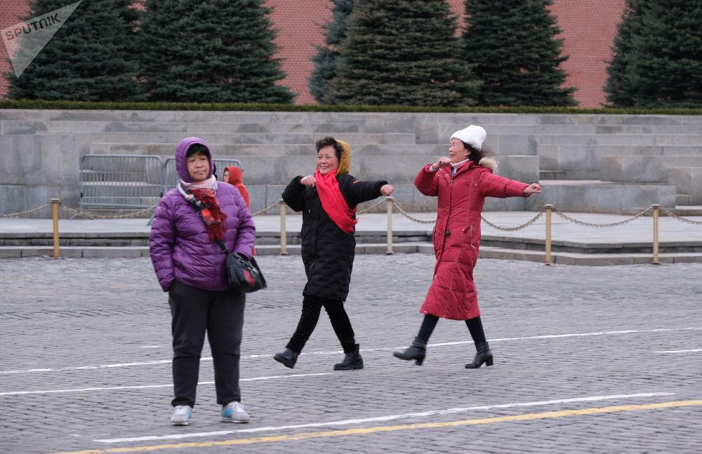 游客在莫斯科红场