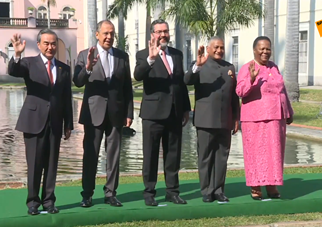 金砖国家外长在里约举行会晤
